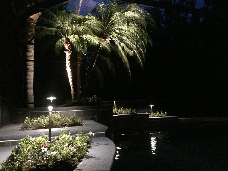 How to Save Money on Your Outdoor Lighting Sstem